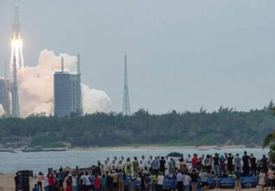 بشرى خير السفارة الصينية في السعودية تعلق حول زمان ومكان سقوط الصاروخ الصيني التائه في الفضاء